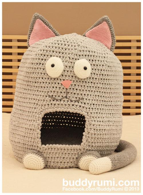 Cat Shaped Kitty House.jpg