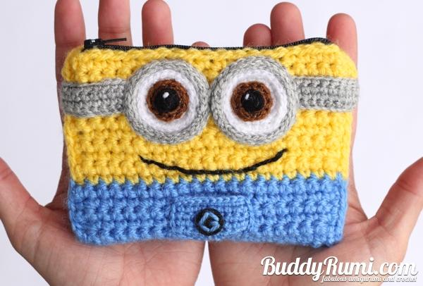 Minion crochet wallet