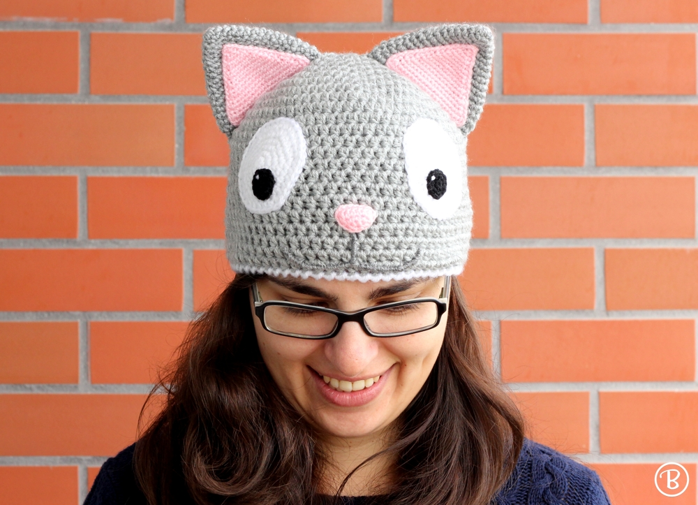 Warm crochet cat hat