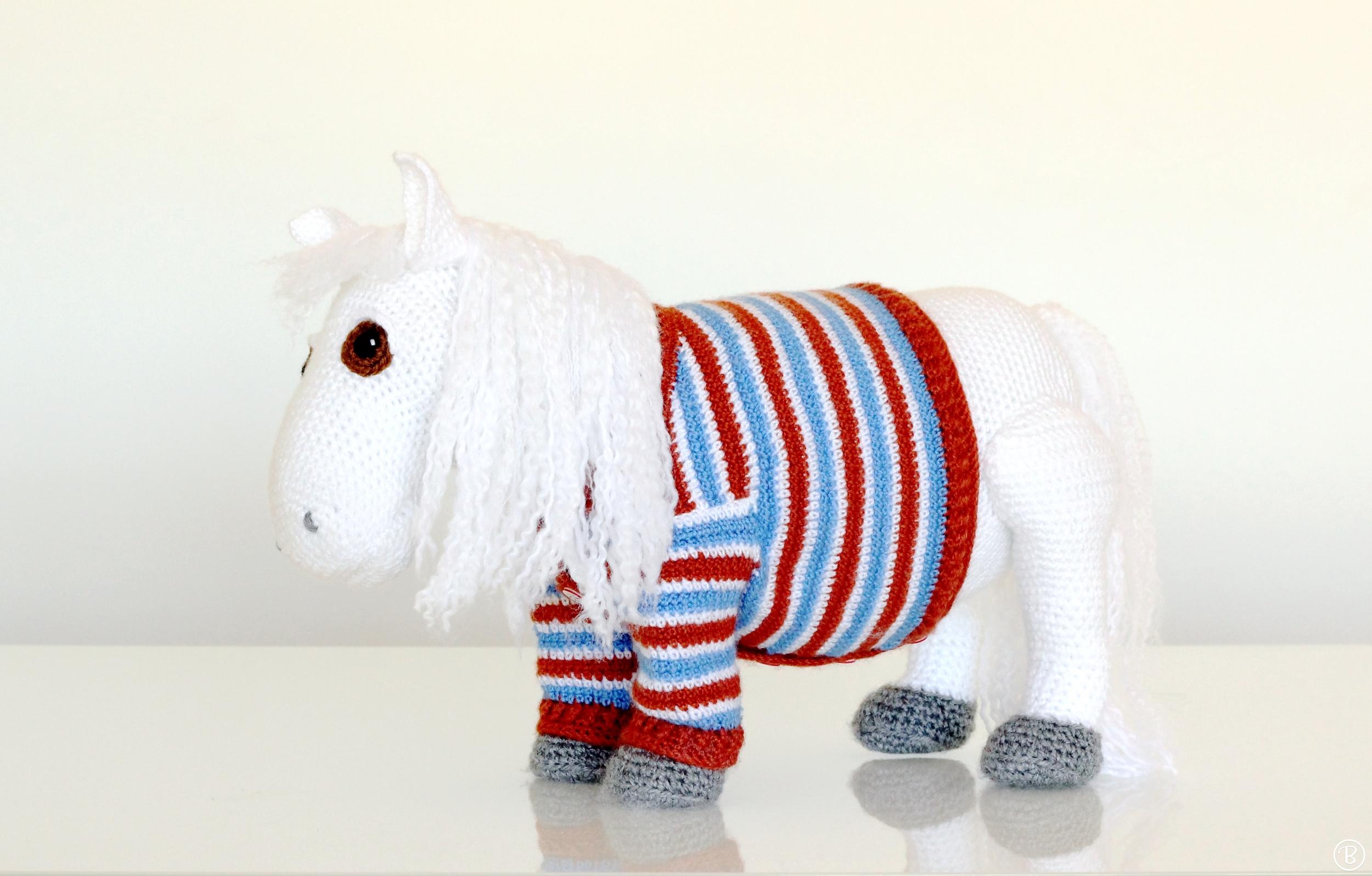 Amigurumi pony pattern