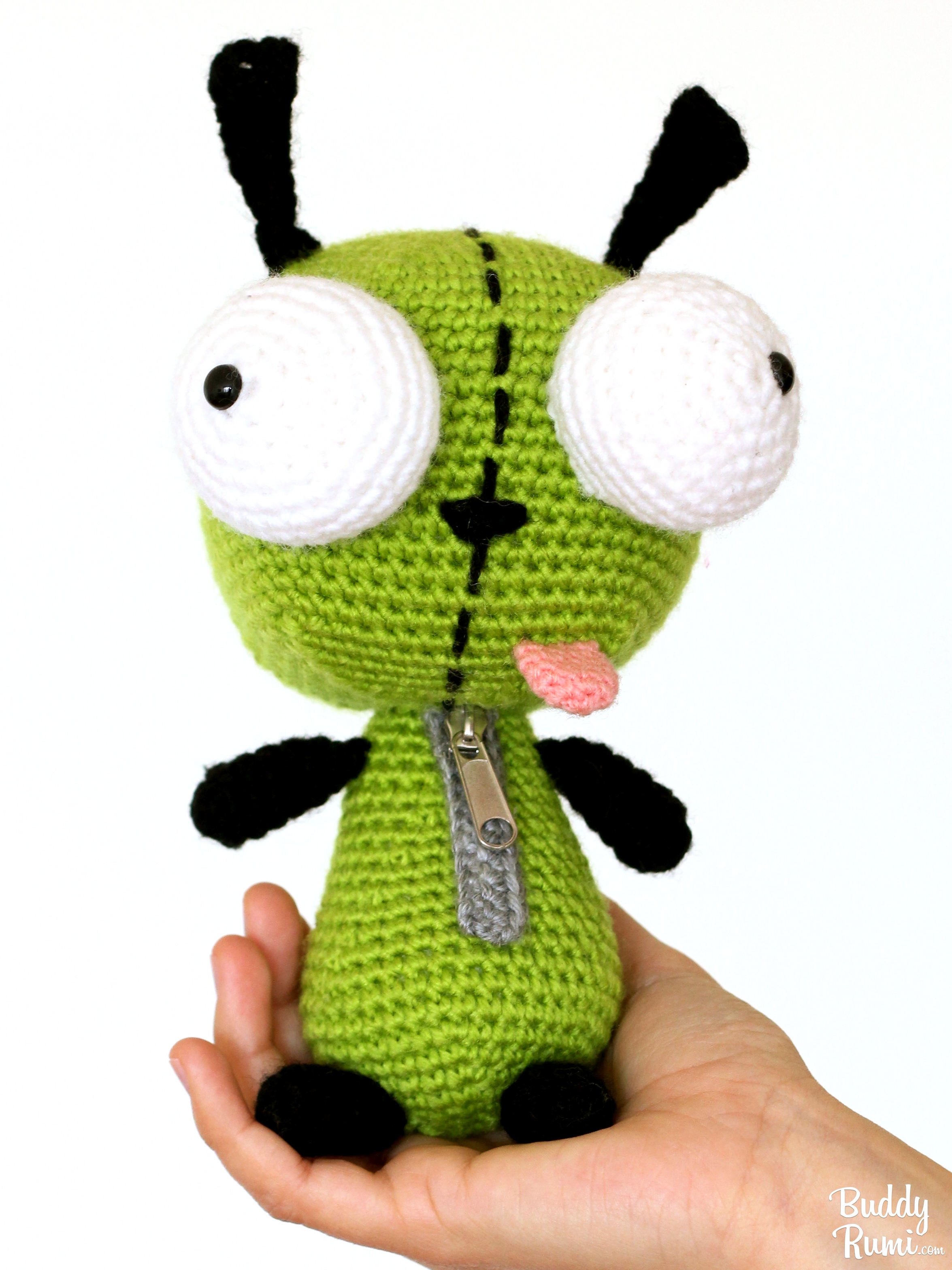 Crochet amigurumi Gir from Invader Zim