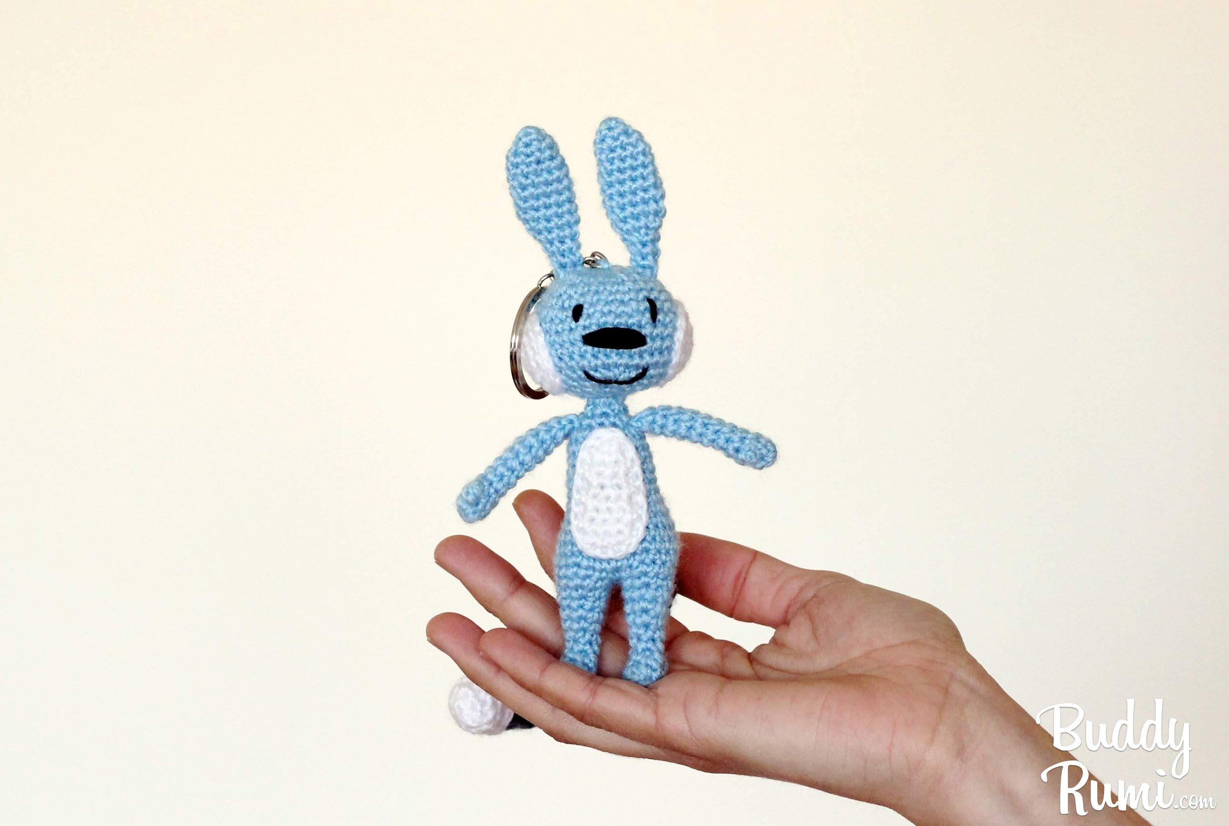 Blue amigurumi rabbit pattern