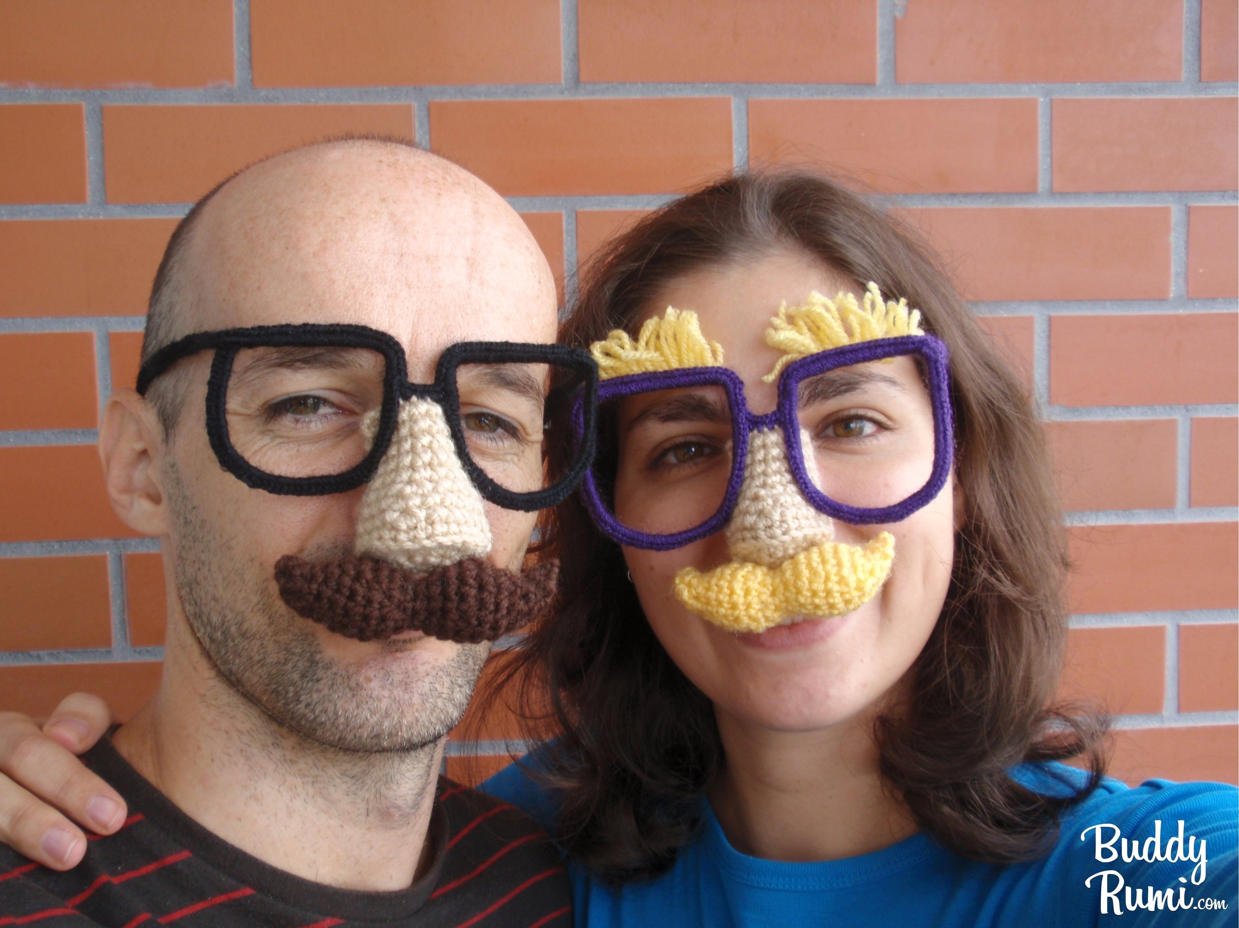 Free crochet pattern, glasses with moustache and nose