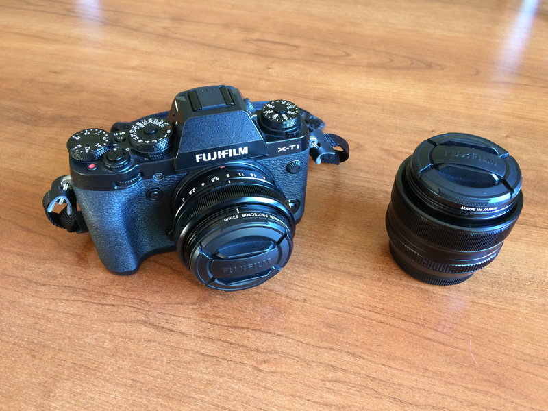 X-T1: 28mm equiv attached, 50mm equiv to the right