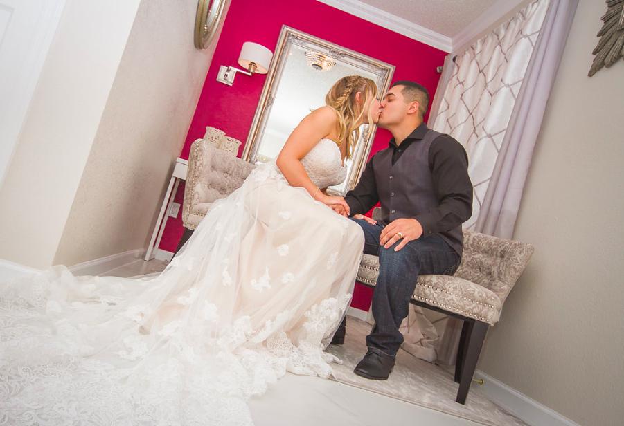 first kiss wedding photographer