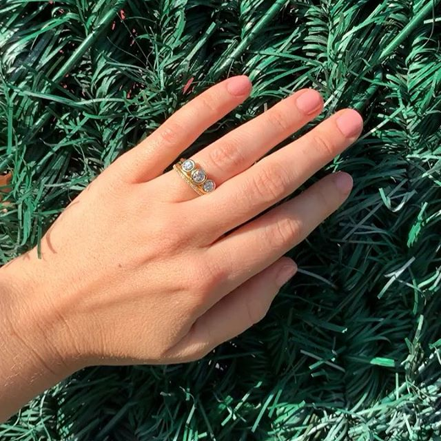 """Having a """"stroke the furry wall"""" moment while LOVING our New Diamond Ring we just made! Summer is still here!!⠀ .⠀ .⠀ .⠀ .⠀ .⠀ #diamondring #threestonering #madeinnewyork #juliuscohen #engagementring #jeffreyed"""