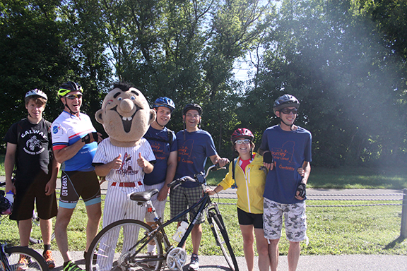 The riders from Lexington pose with Mojo from the Amsterdam Mohawks before taking off.
