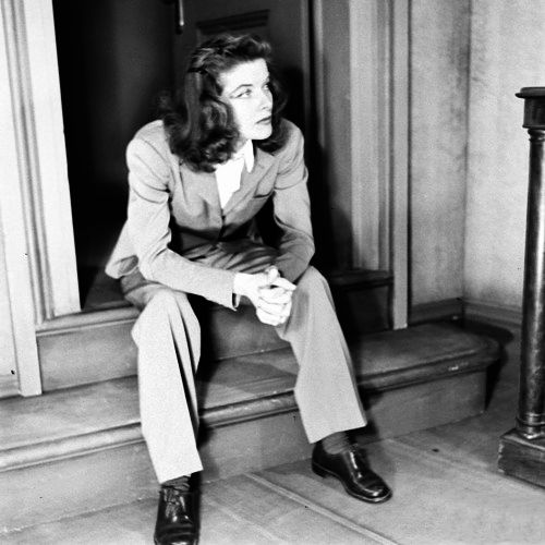 Katharine Hepburn: Her spirit of femininity cocooned in a manish suit amplifies her girly grace.