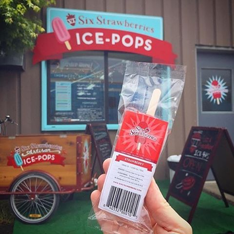 Last weekend to get @sixstrawberries ice-pops before they close down for good. I'm on my way to stock up the freezer for the summer. I suggest you all do the same!