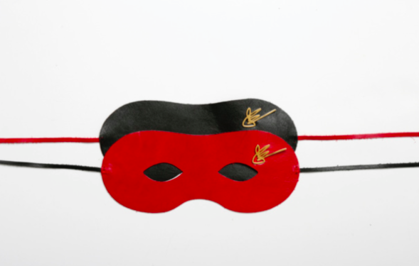 J.Elster The Love Collection The Mask in Black and Red