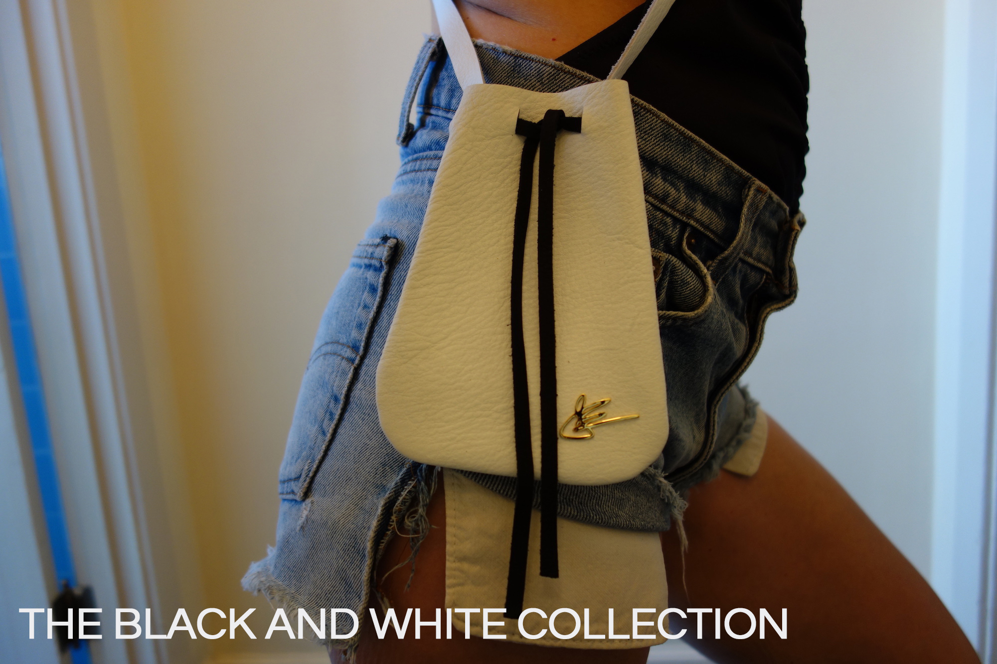 J.Elster Small Pouch Black and White Collection