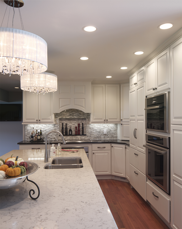 11. Kelley kitchen.jpg