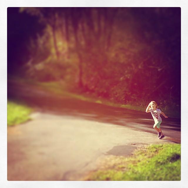 Ailbe Running color.jpg