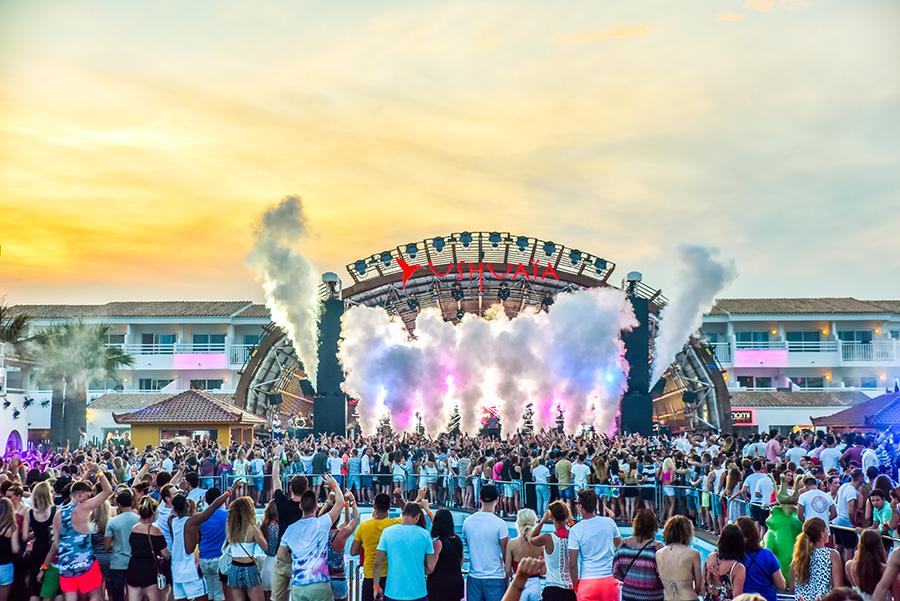 Disturbing_Ibiza_opening_essentialIbiza2016_by_Andrei_Oprescu-14.jpg