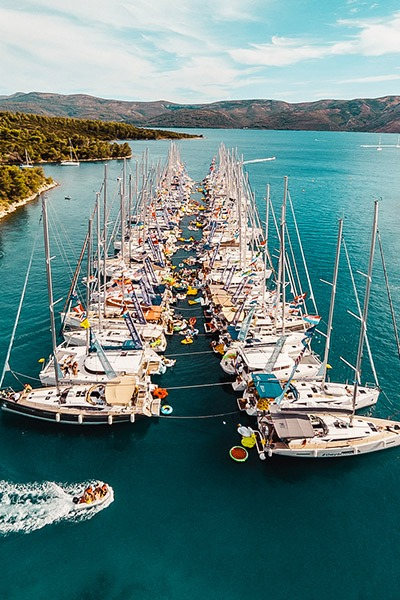 the-yacht-week-croatia-map-stops-stari-grad.jpg
