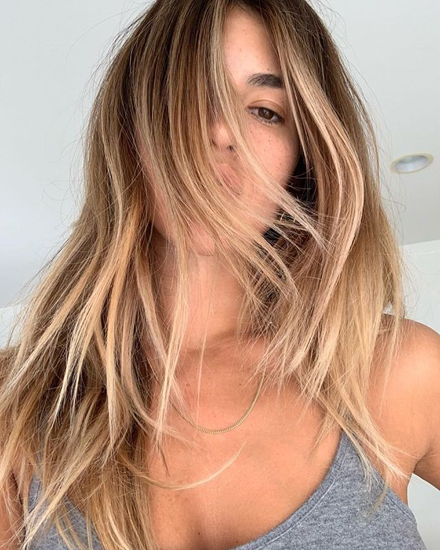 Babe duh. Best hair duh. Talented duh @harpermoon @oneshothairawards @behindthechair_com #btconeshot19_warmbalayage #oneshothairawards2019 #oneshothairawards #behindthechair #oneshot