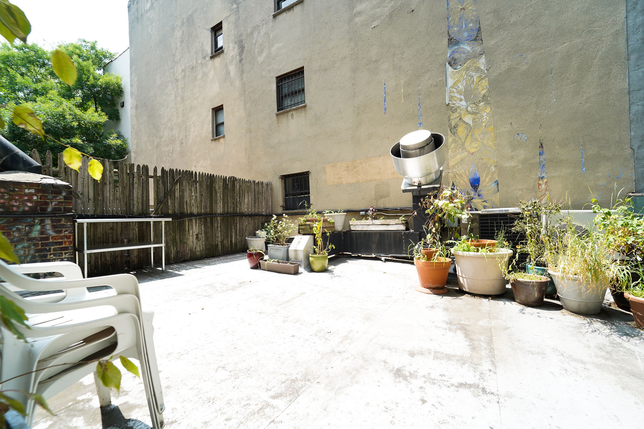 174 Ave B #2W - Super bright One bedroom in East Village! Enjoy the private outdoor deck, spacious living space with separate kitchen area, queen size bedroom and renovated bathroom. Located just one flight up in a walk up building! Rent: $3,195 /monthTerms: 12 - 12 MonthsAvailable: Immediate