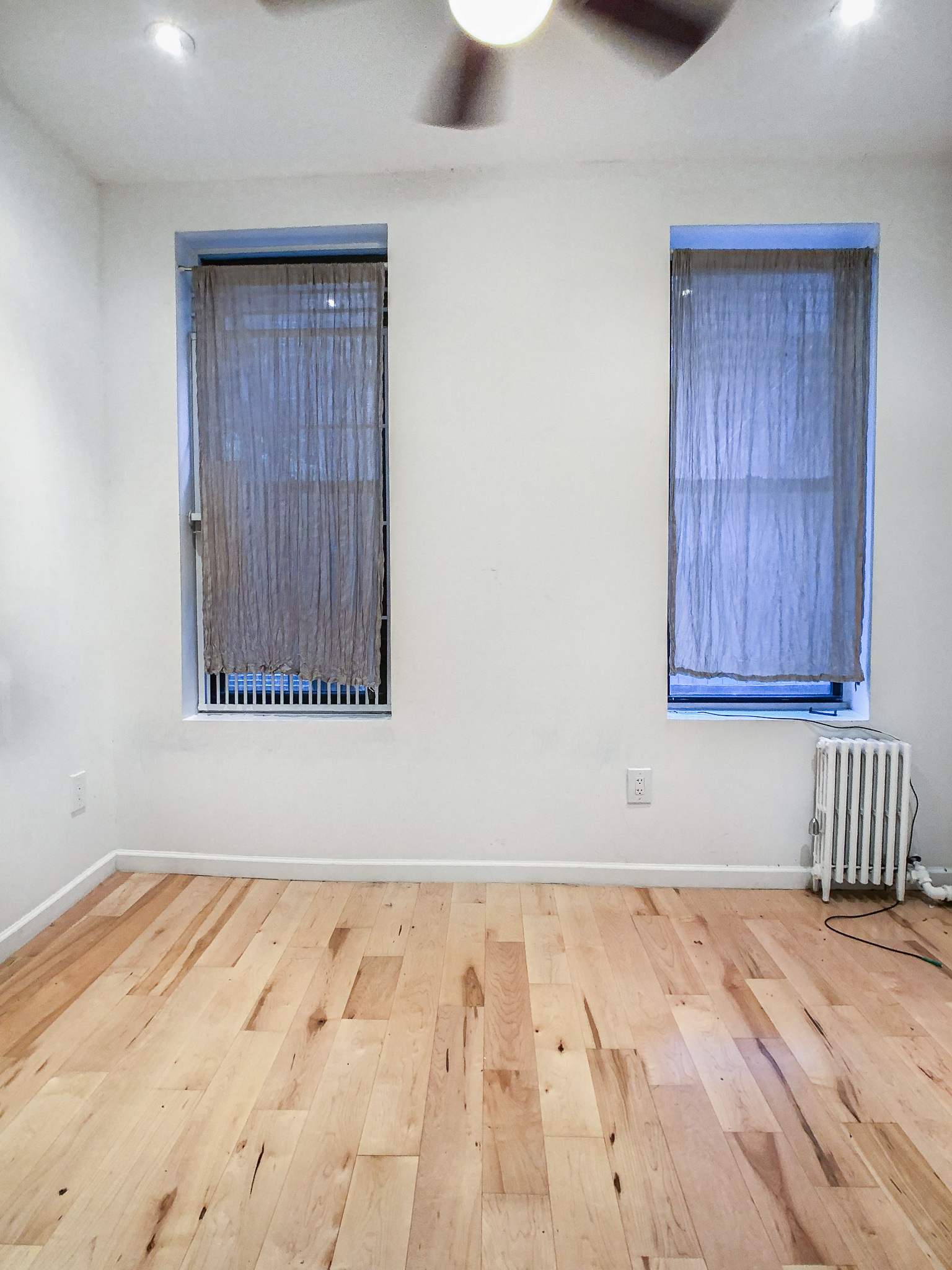 213 E 10th Street #7 - Renovated One Bedroom in Prime East Village! Enjoy one bedroom home with top of a line renovations. The unit features queen size bedroom, charming living space with sofa with open renovated kitchen (including washer and dishwasher). Images are of the exact unit. Located just one flight up the stairs in prime east village. Close to public transportation, cafes and shopping.Rent: $2,795 /monthTerms: 12 - 12 MonthsAvailable: Immediate