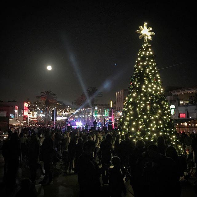 Hermosa Beach tree lighting holiday party.