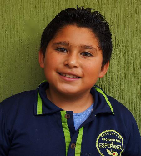 Diego Martínez:  Es educado y le gusta hacer en todo momento chistes.