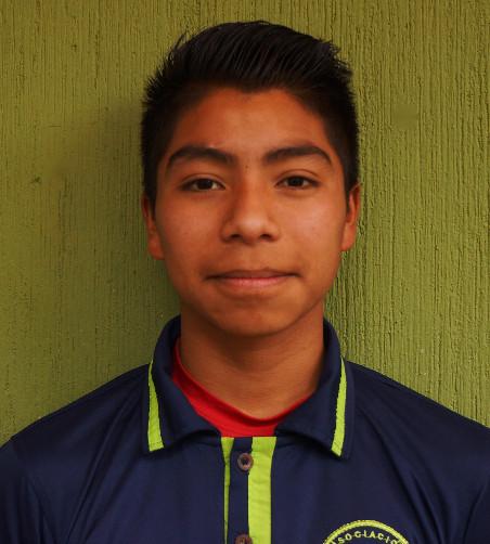 Mario Ramos:  Es un joven caballeroso, respetuoso, le encanta leer y sobre todo le encanta el futbol, cuando sea grande quiere llegar a hacer un futbolista profesional.