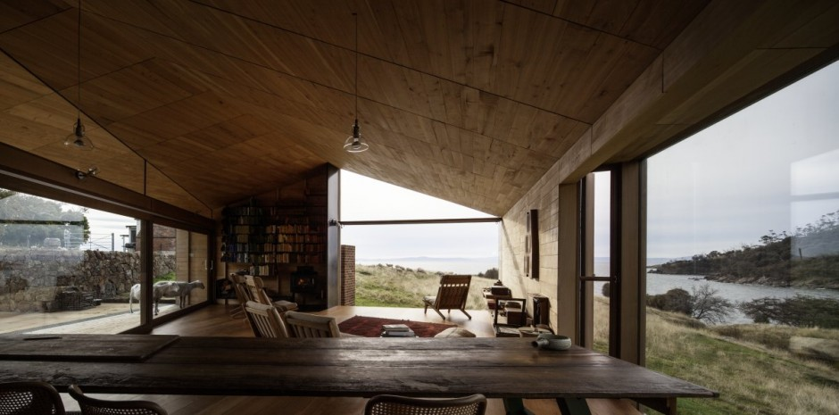 Contemporary-Shearers-Quarters-Design-by-John-Wardle-Architects-Minimalist-Architecture-Designs.jpg