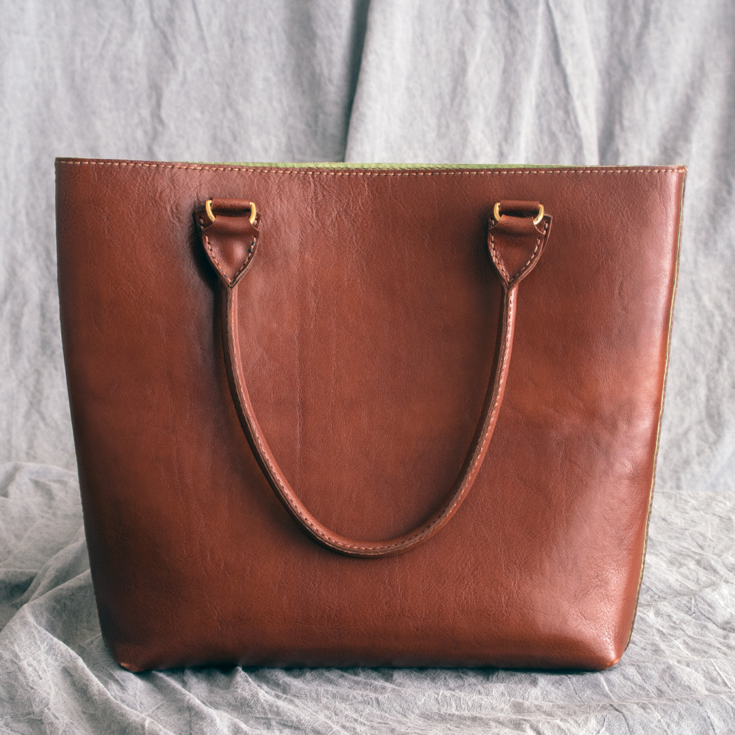 Lewesian Leathers Shopper by 100Designs
