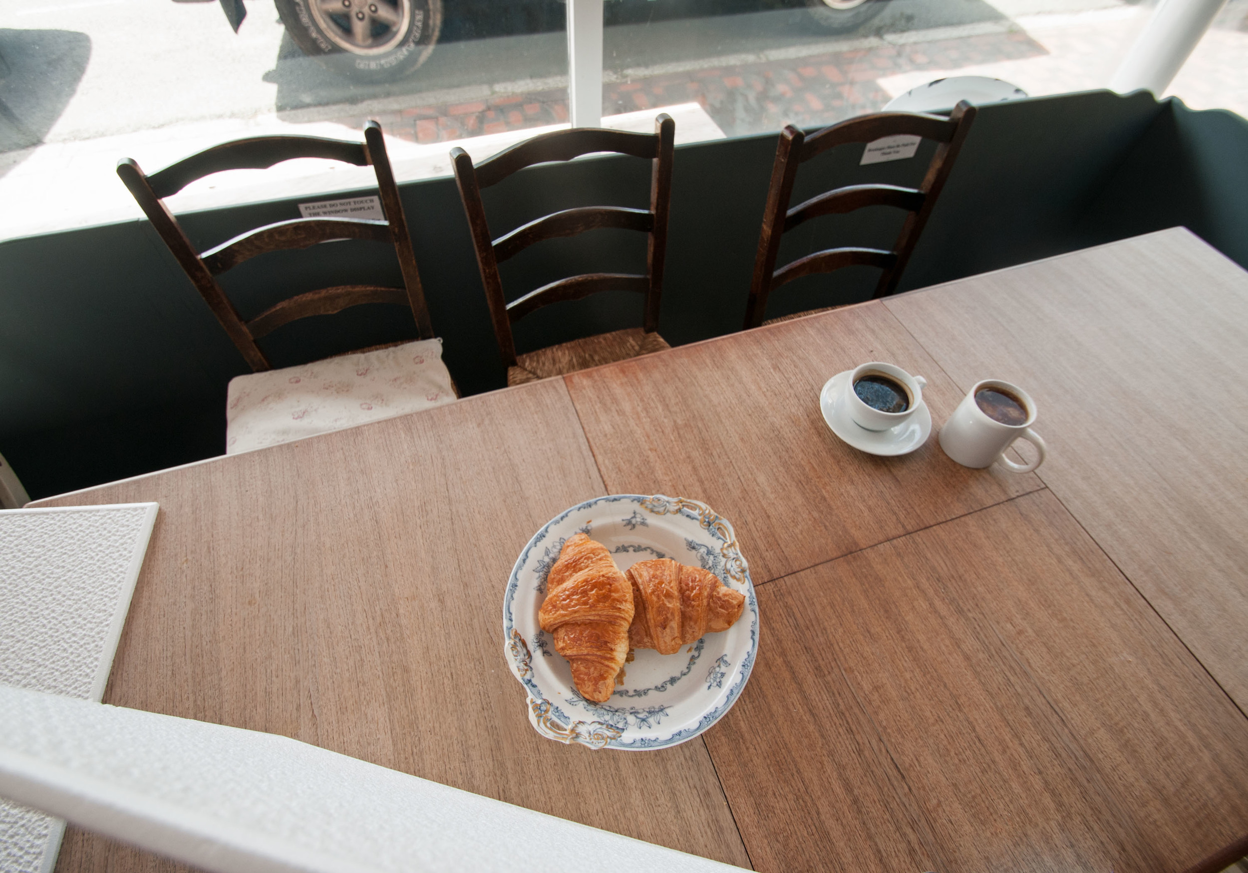 Photographing croissants at Laportes - 100Designs