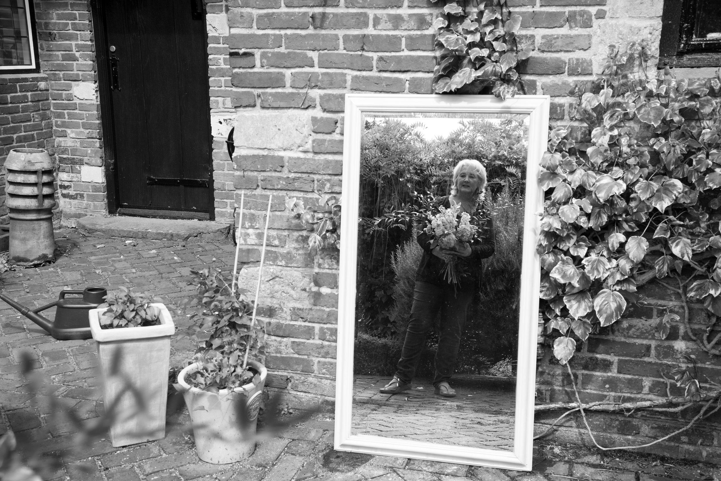 Florist Tracey Kirker for web.jpg