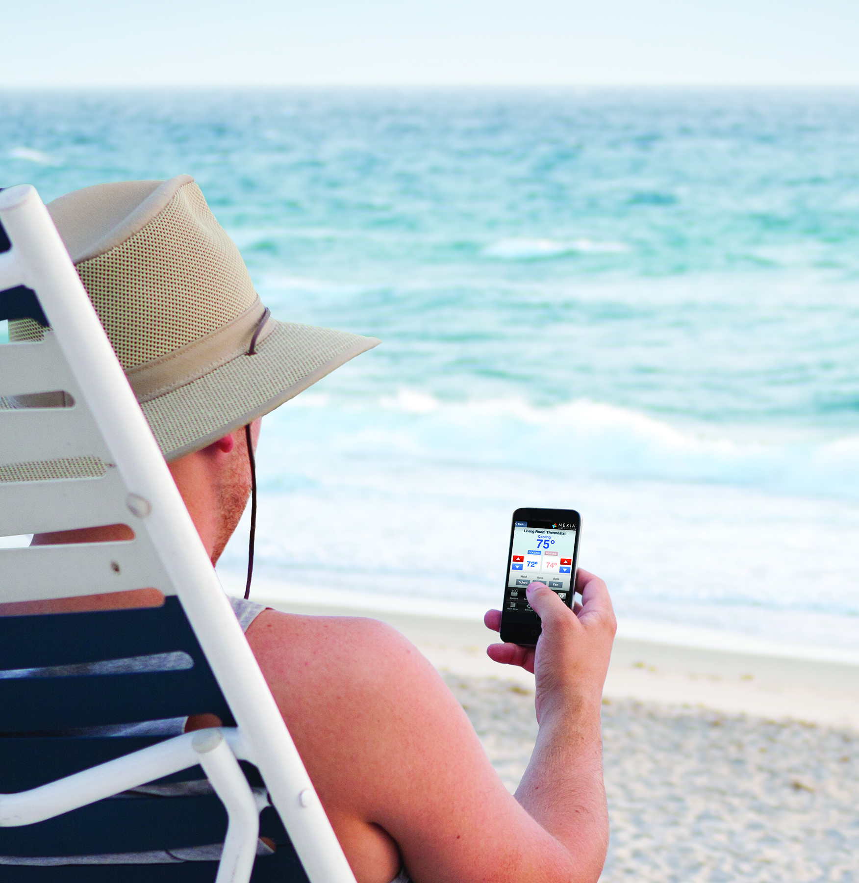 N_Man_at_beach_Climate_app.jpg
