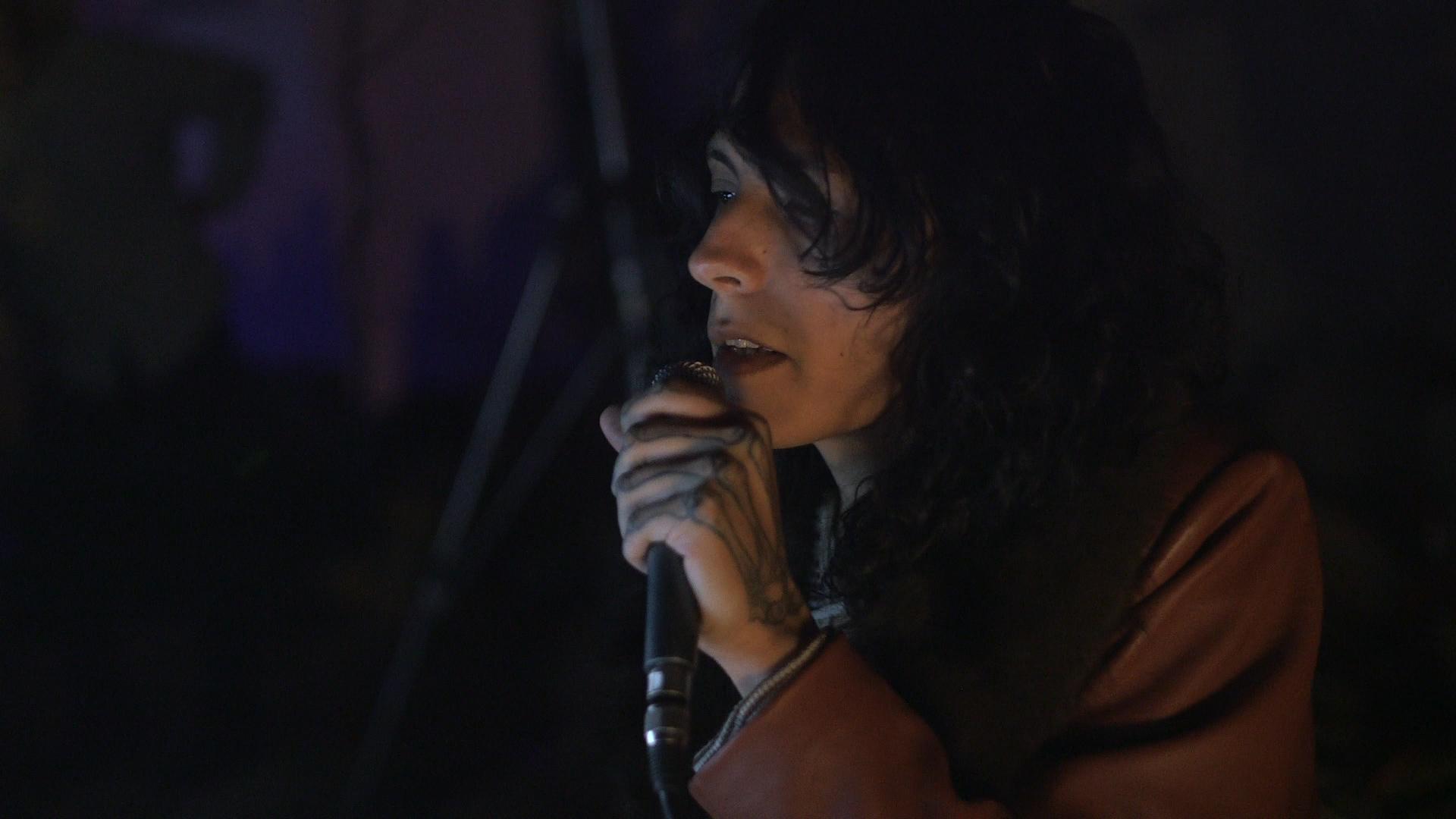 Elysia Crampton performing at H3O/OO3