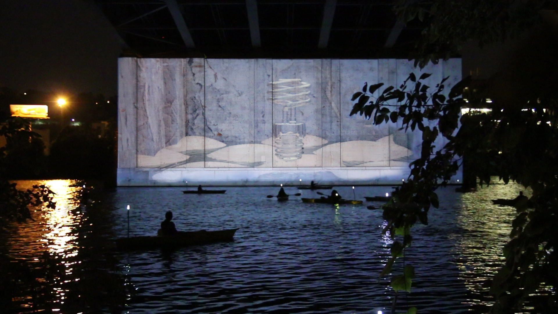 Dil Se  by Dalena Tran, 2015 with H3O Kayak Tour organized by Venture Outdoors