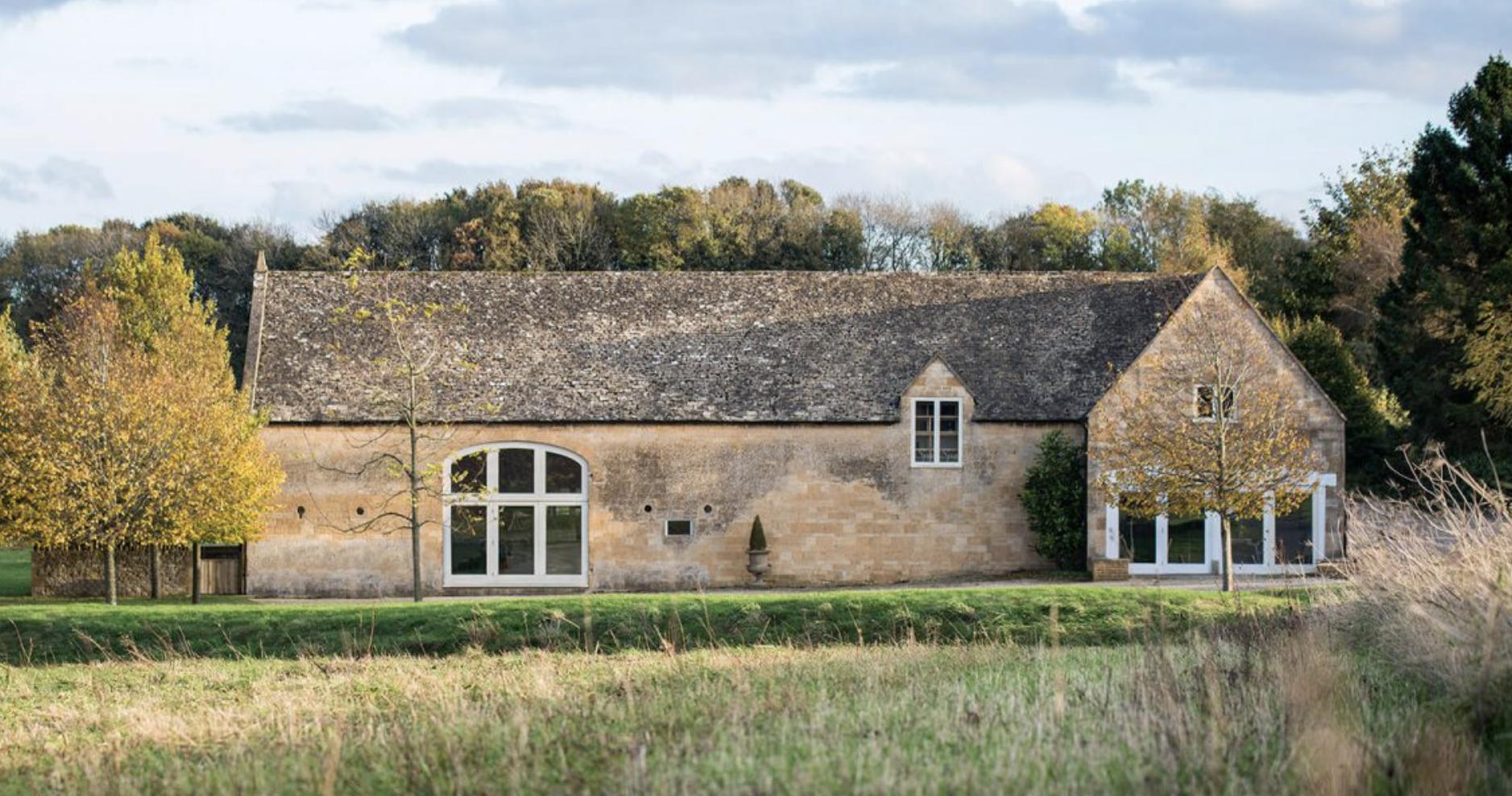 Lapstone Barn.png