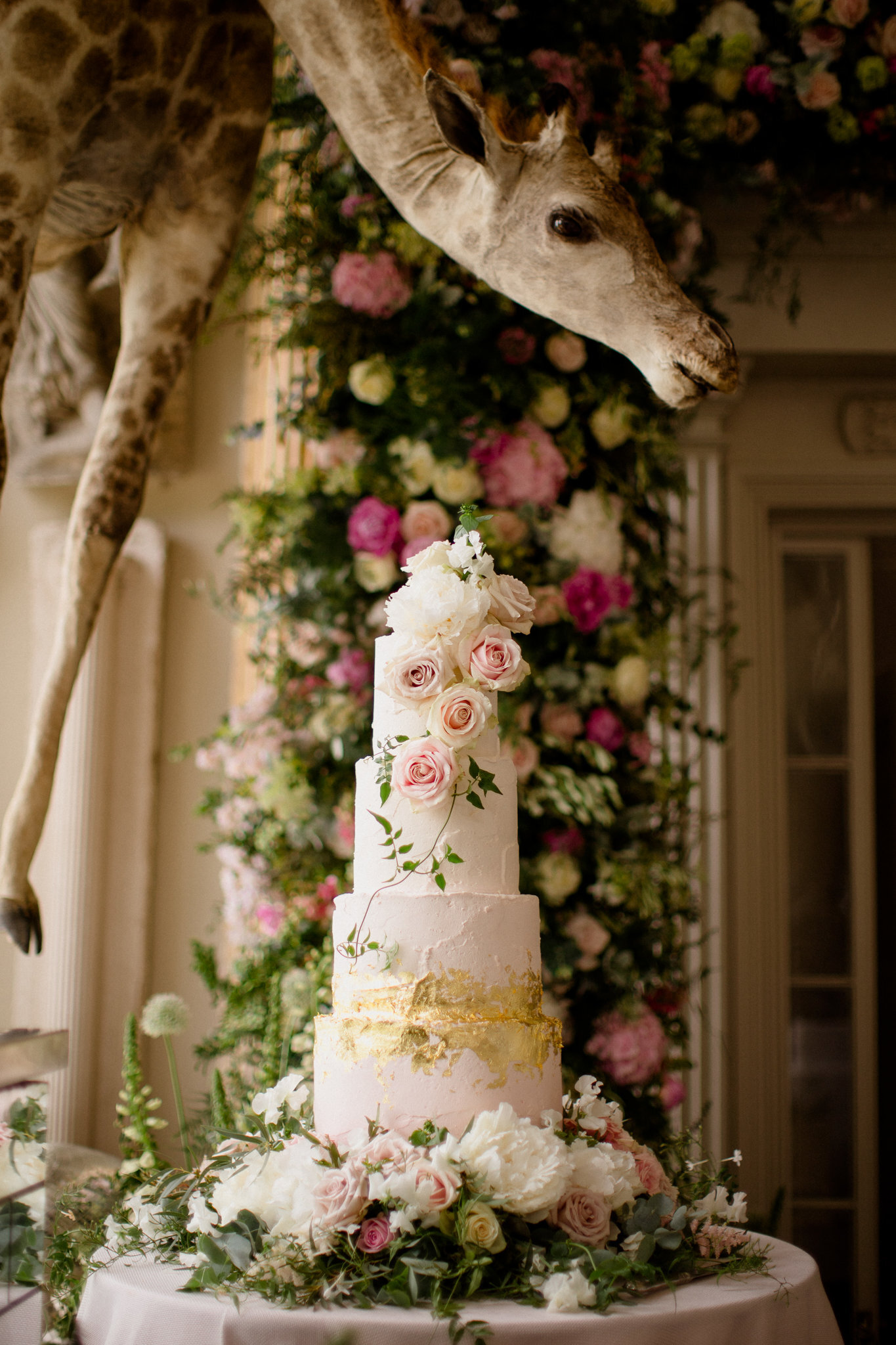 Mr and Mrs Smith - Aynhoe Park Wedding Cake