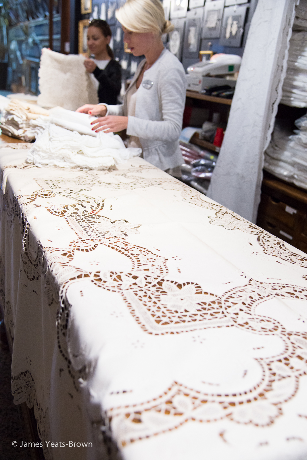 Fine displays of lace at Dalla Lidia http://www.dallalidia.com