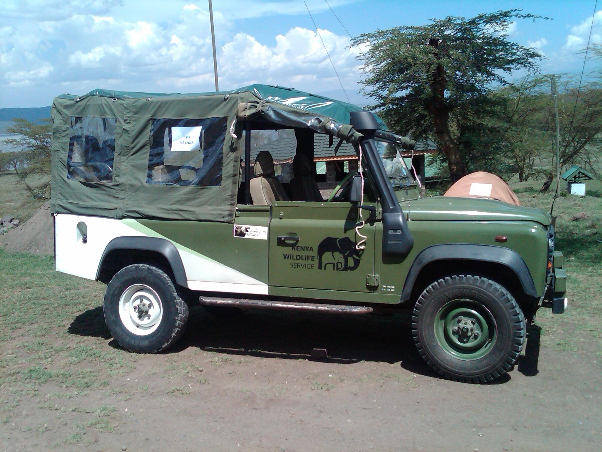 Kenya Wildlife Services Vehicle © Flyga Twiga LLC