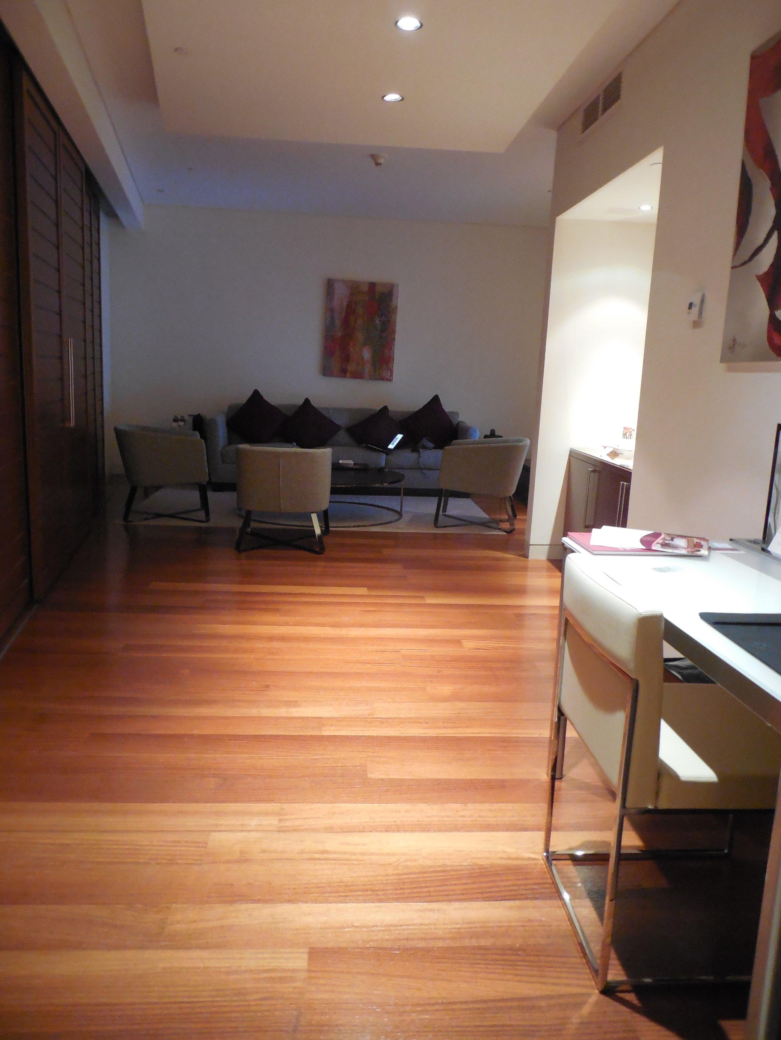 Suite Sitting & Desk Area Oryx Airport Hotel © Flyga Twiga LLC