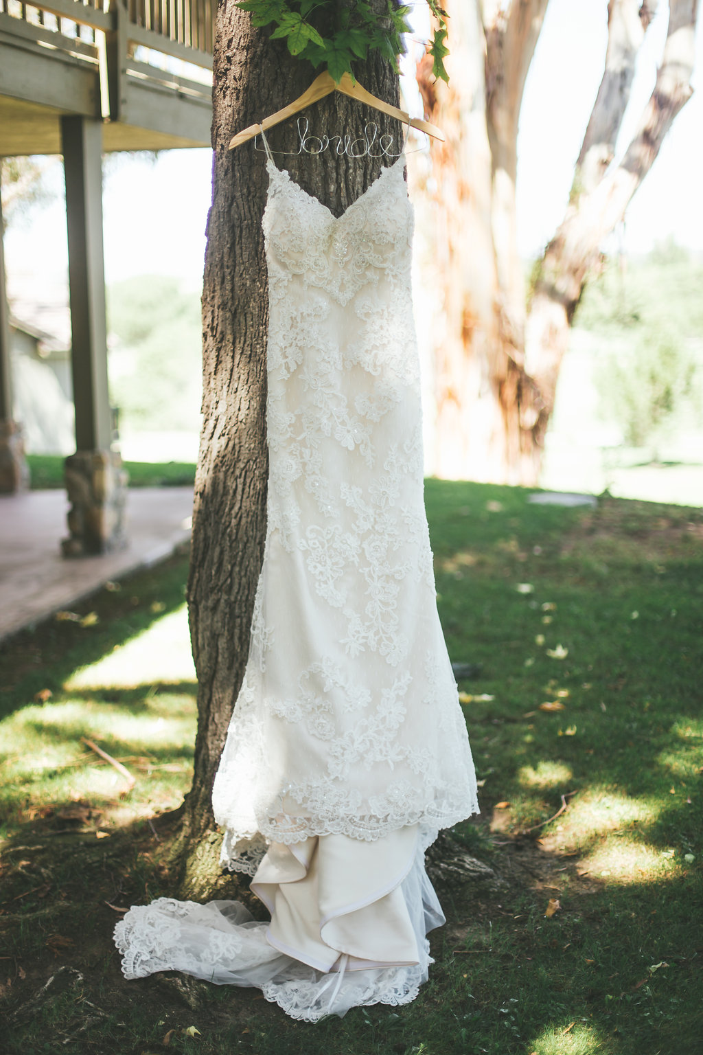 Wedding dress photographed by AndAnne.com