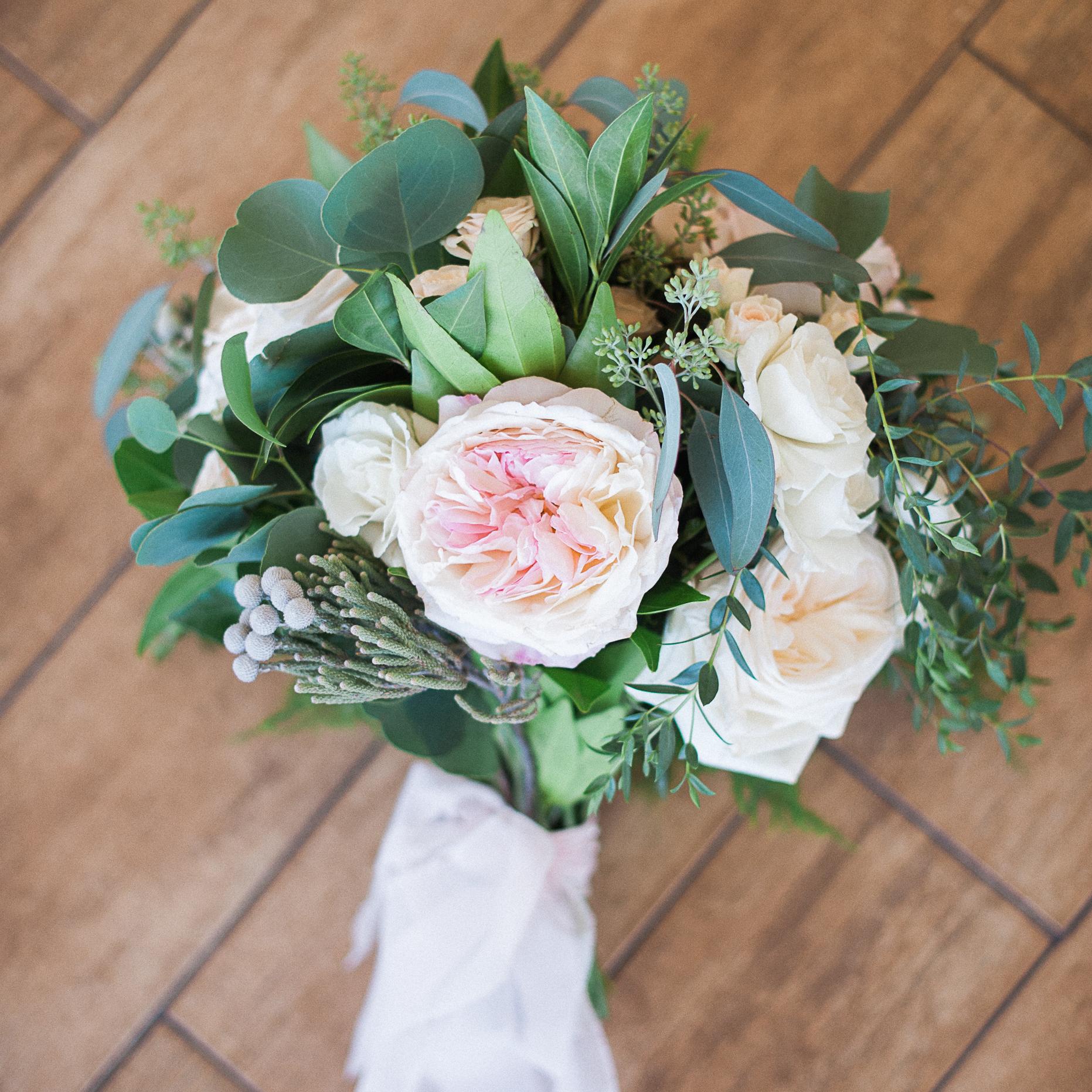 Carmel Mountain Ranch Country Club Blush & ivory, garden rose romantic bridal bouquet by San Diego wedding florist, Compass Floral.  Brandi Welles Photography.