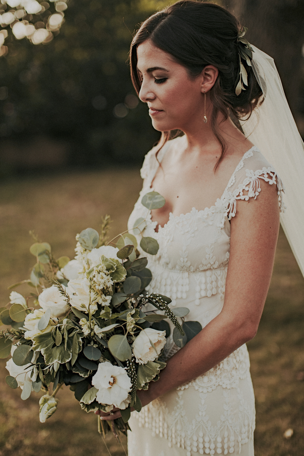uted neutral bridal bouquet  by San Diego wedding florist, Compass Floral.
