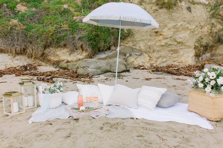 Laguna Beach summer fun beach picnic styled shoot. Bouquet by Compass Floral.  Design & Planning // Events by Talissa Photographer // Garrett Richardson