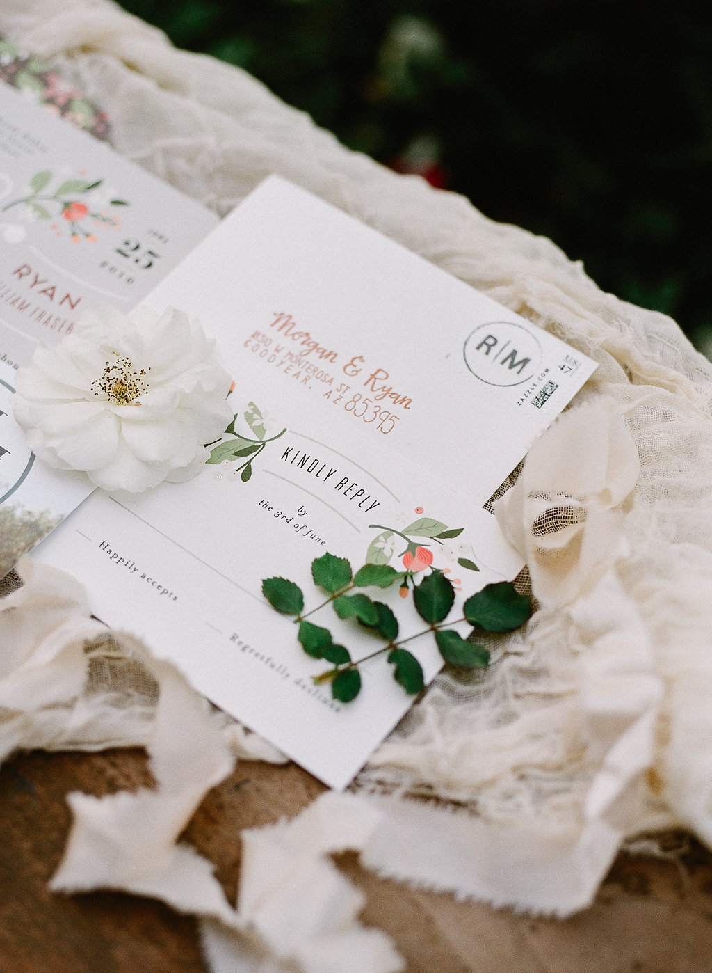 Romantic wedding invitation suite| Fallbrook Treehouse | Compass Floral | Wedding Florist in San Diego and Southern California | Allie Lindsey Photography