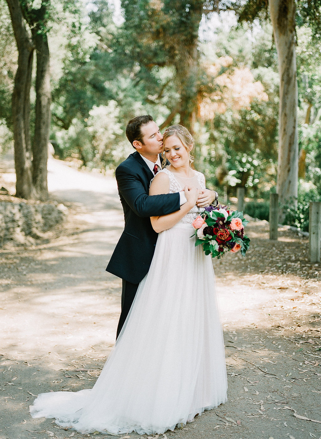 Marsala and blush bridal bouquet | Fallbrook Treehouse | Compass Floral | Wedding Florist in San Diego and Southern California | Allie Lindsey Photography