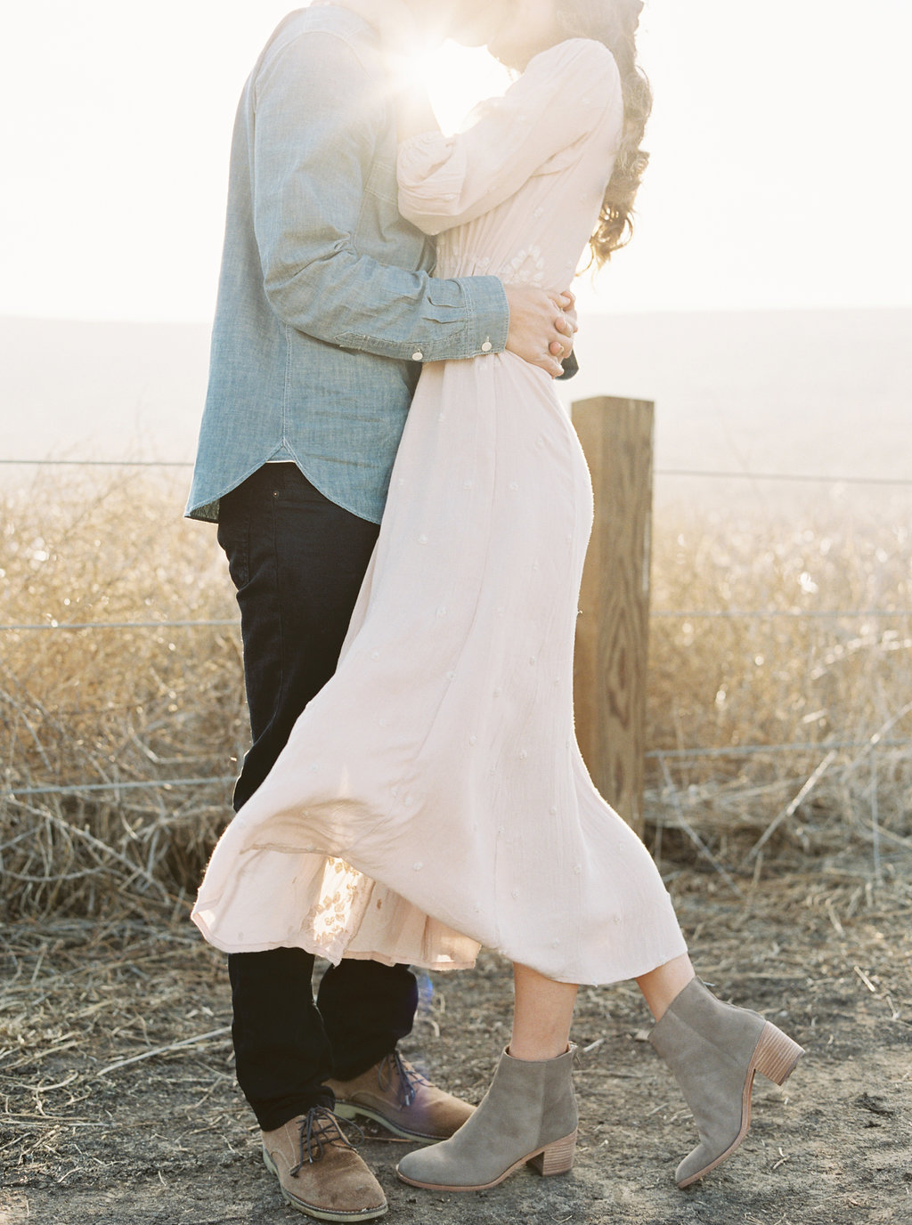 Dreamy golden hour field engagement photo session | Compass Floral | Wedding Florist in San Diego and Southern California | Meiwen Wang Photography    #gardenromantic       #sandiegowedding    #sandiegoweddingflorist       #orangecountyflorist     #floraldesign       #dreamwedding    #fineartwedding    #fineartflowers    #fineartcuration    #weddingdetails    #weddinginspiration    #engaged #engagementphotos #fieldphotos #dreamyphotos #goldenhour #engagementphotooutfitinspiration
