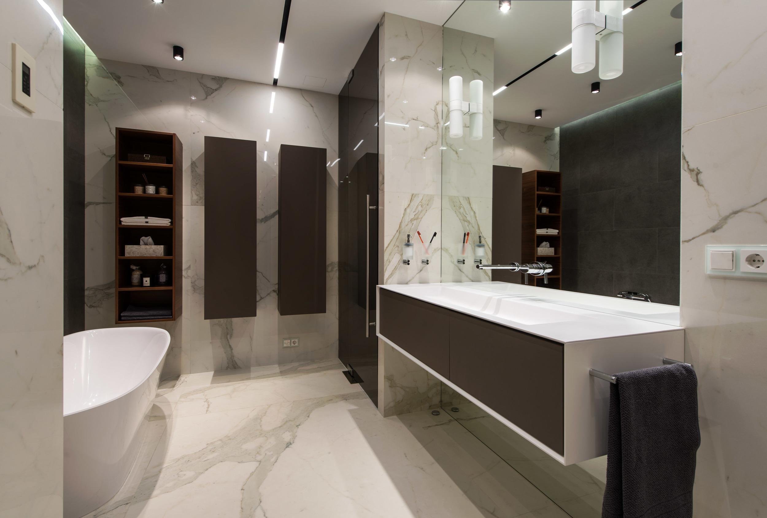 17_Match Architects_master bathroom.jpg