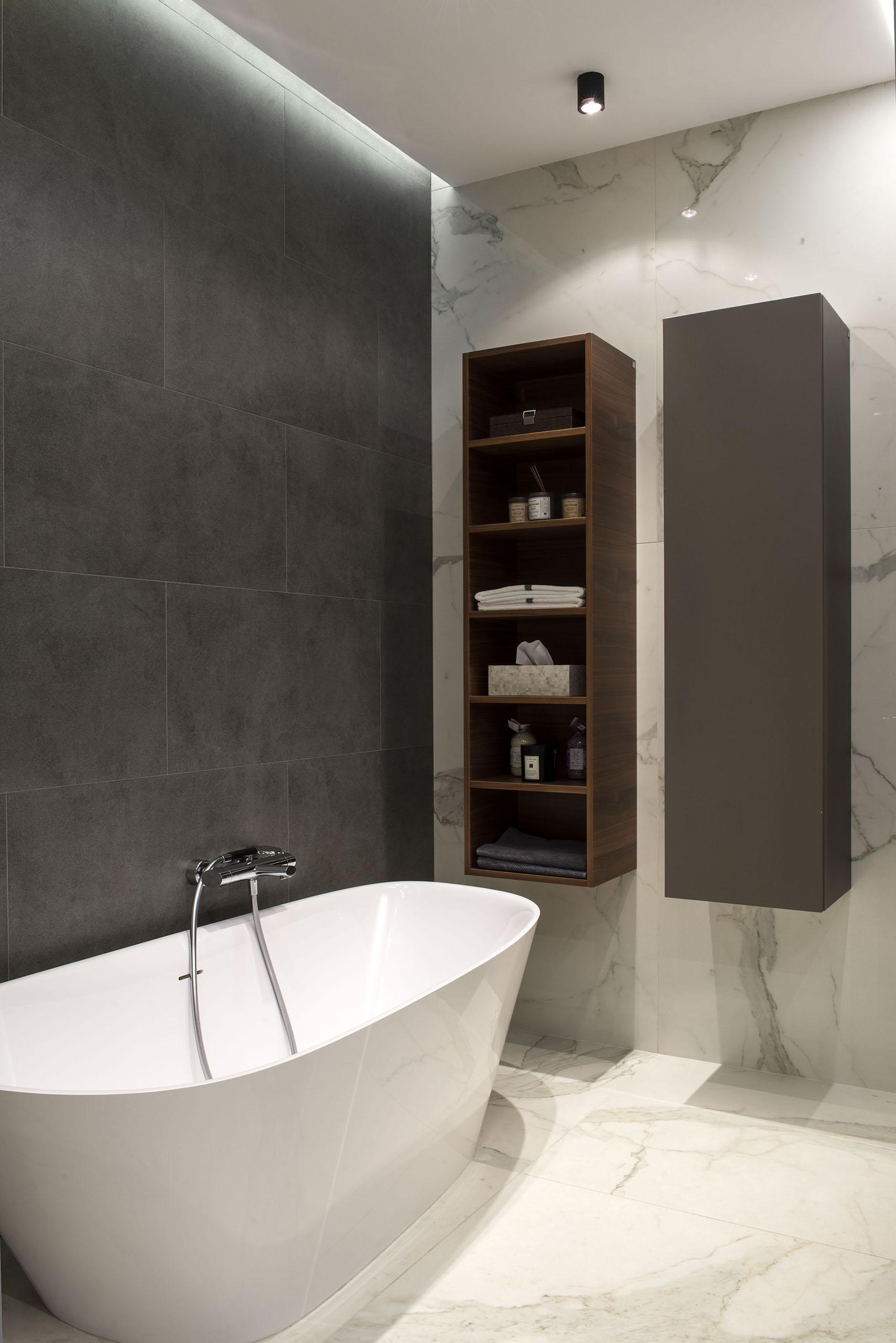 19_Match Architects_master bathroom.jpg