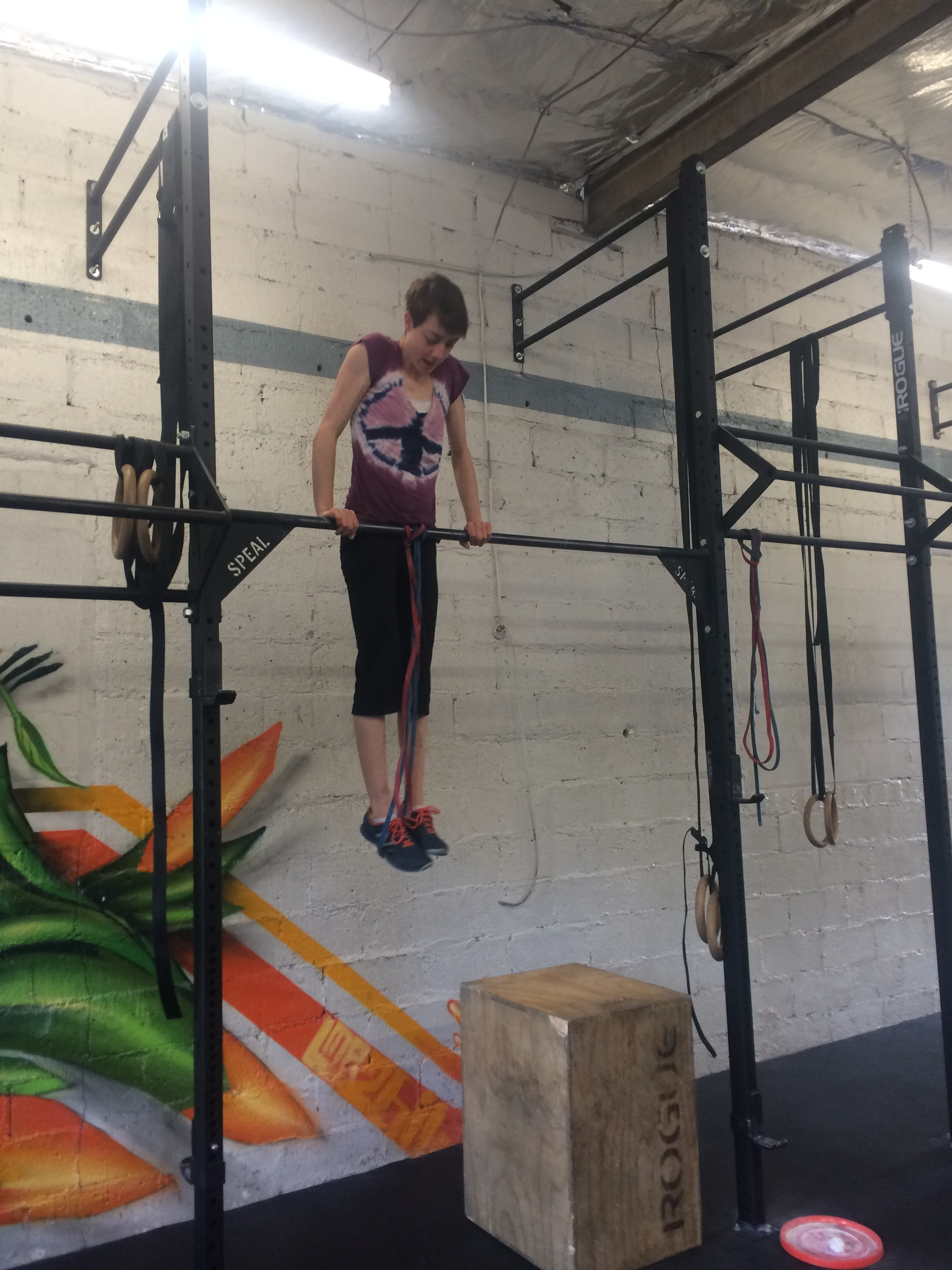 Kate repping out bar muscle ups last week.