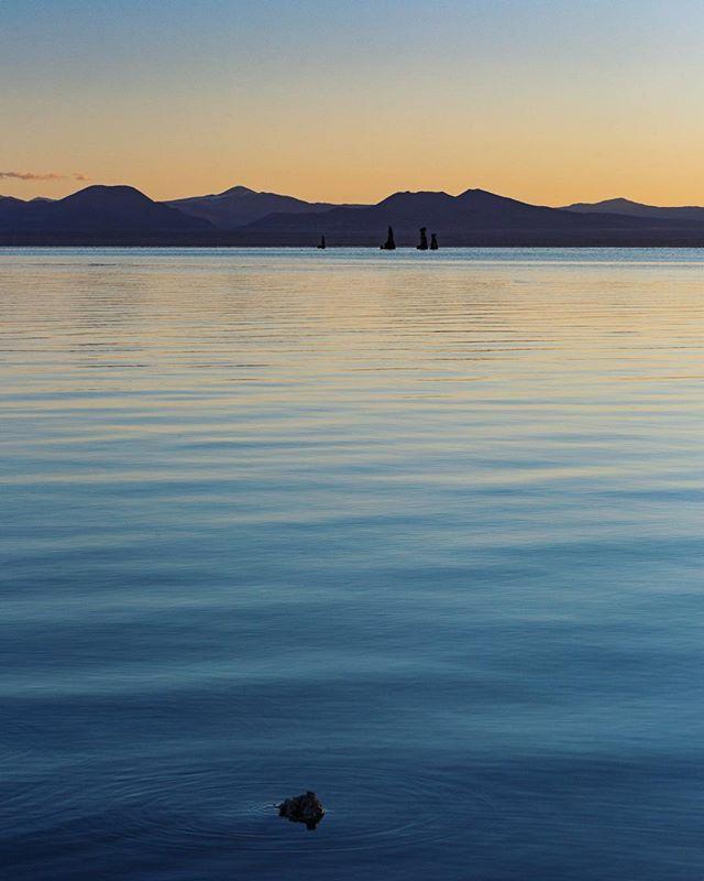 First light at Mono Lake. #nomadlife #ontheroad