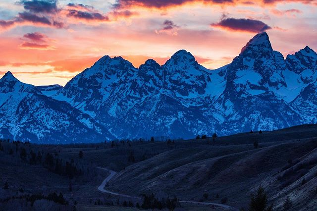 Another great evening up in the #Tetons. #nomadlife #ontheroad