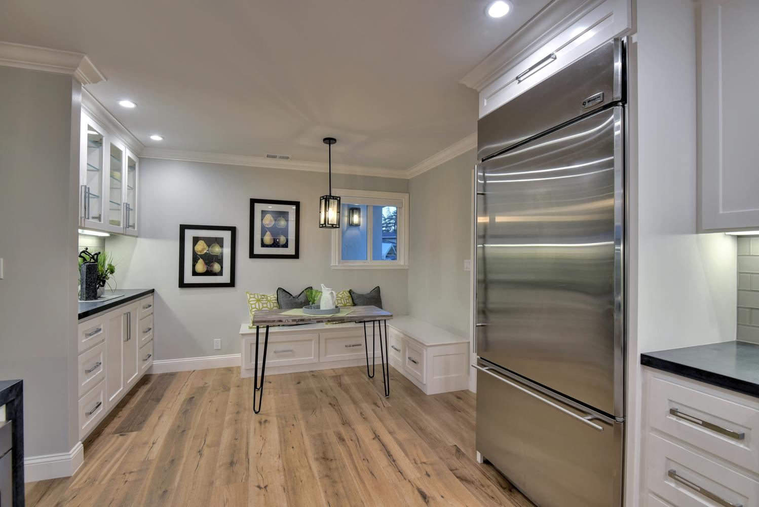 1028 Steinway Ave Campbell CA-large-021-30-Kitchen Casual Dining-1498x1000-72dpi.jpg